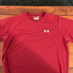 Dark red Under Armour shirt
